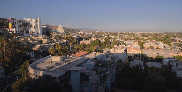 Амиран Сардаров показал свое съемное  жилье в США