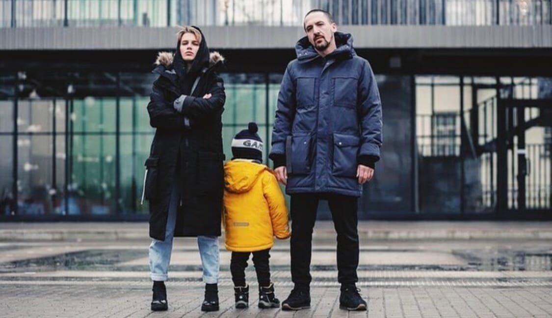 Артур Смолянинов признался, что соглашается на эпизодические роли, чтобы обеспечить семью