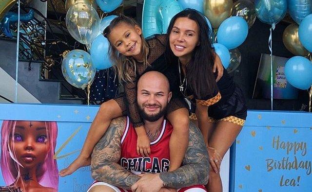 Оксана Самойлова и Джиган весело отметили день рождения дочери