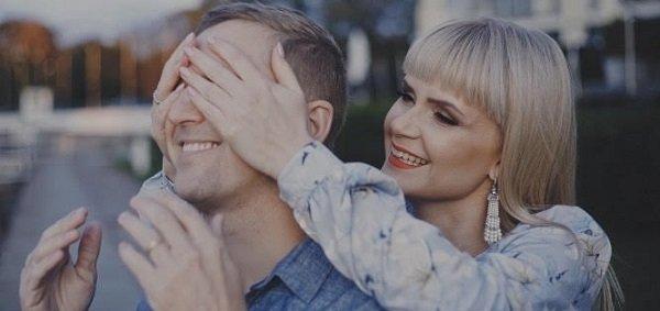 «Не то, что хорошо, даже очень супер!»: Поклонники оценили новый клип Алексы Астер и Ивана Детцеля