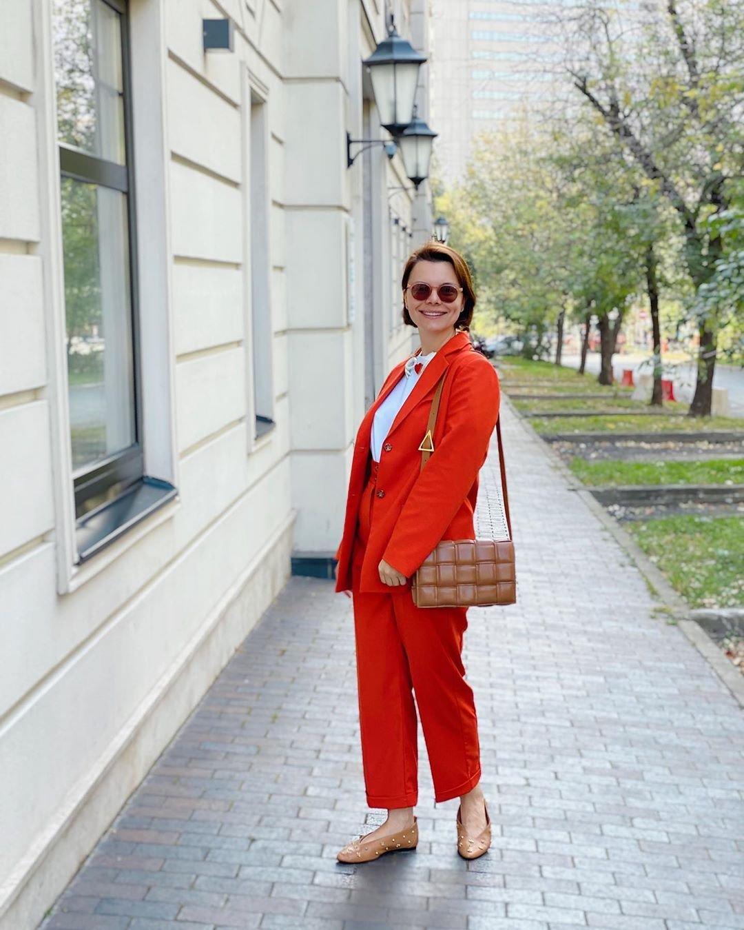 Татьяна Брухунова показала себя во всём оранжевом