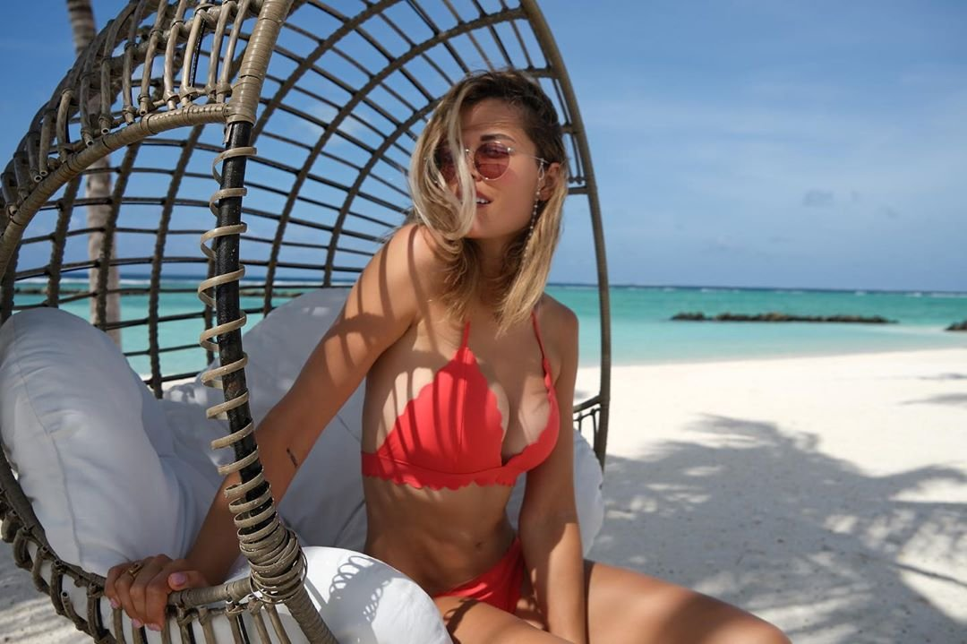 Мария Горбань снялась на Мальдивах топлес