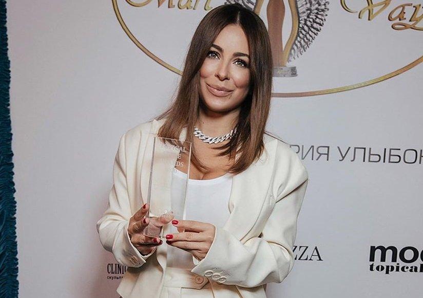 """Ани Лорак получила титул """"Самая стильная певица года"""""""