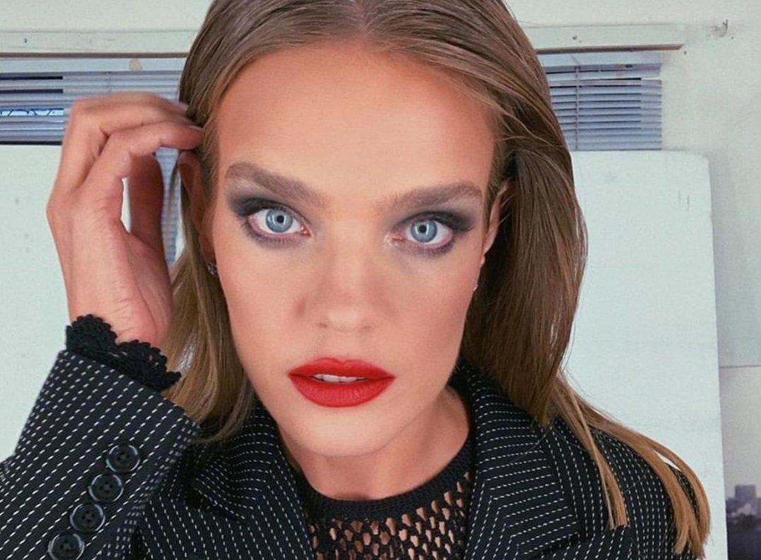 Наталья Водянова поразила поклонников тем, как выглядит без макияжа