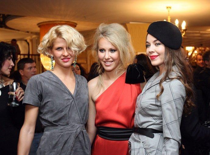 Любвеобильная Собчак, сексуальная Бондарчук, стройная Шелест и аристократичная Литвинова: звезды на премии GQ 10 лет назад