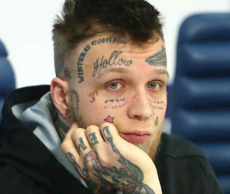 Сын Елены Яковлевой показал своё лицо без татуировок