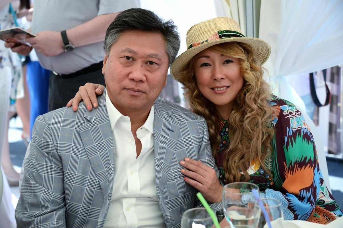 """Анита Цой раскрыла секрет, как """"освежить"""" отношения"""