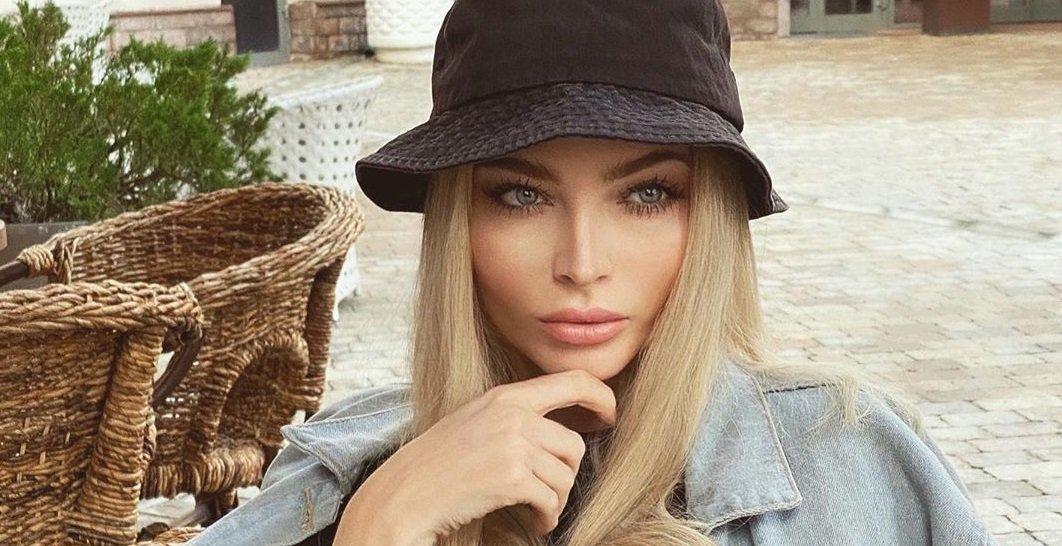 Модель Алёна Шишкова показала уютный осенний образ