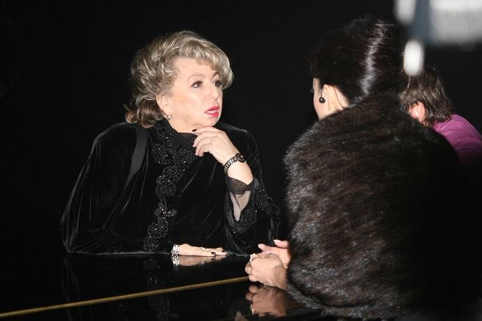 Ревнивая Заворотнюк, сексуальная Грановская, влюбленная Арзамасова, пленительная Навка, а также другие знаменитости на ледовом шоу 10 лет назад