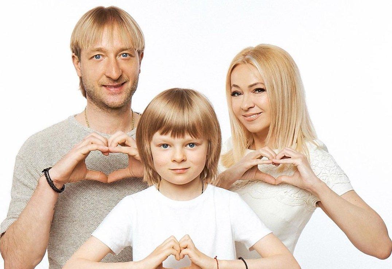 Стало известно, сколько Яна Рудковская заплатила суррогатной матери