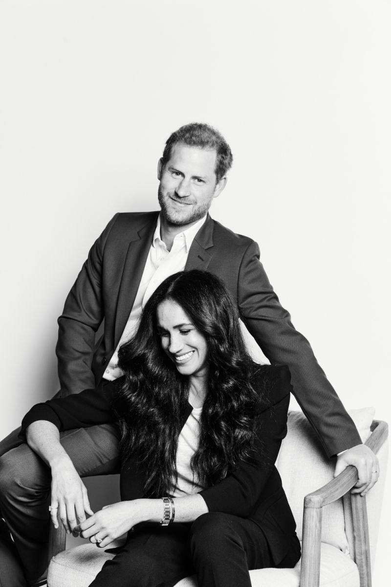 Больше не королевская чета: в сети появился первый портрет Меган Маркл и принца Гарри