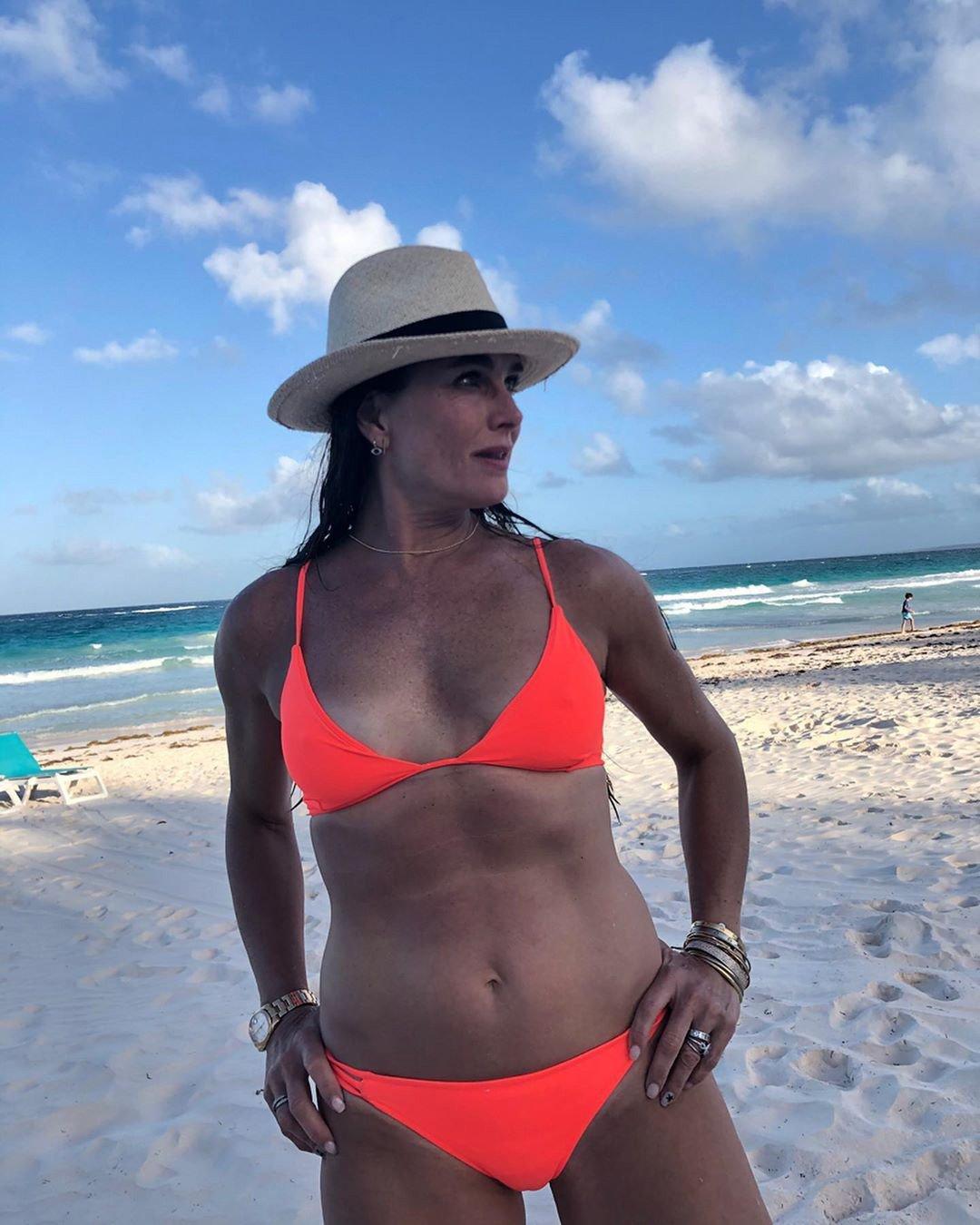 «55 лет - это только начало»: Брук Шилдс призвала не списывать со счетов женщин старше 50