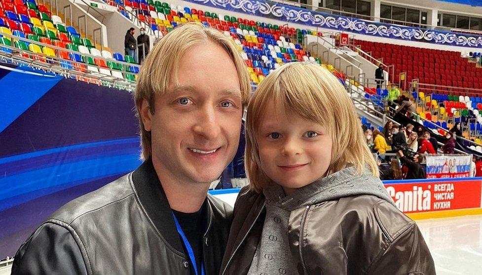 Евгений Плющенко начал тренировать младшего сына