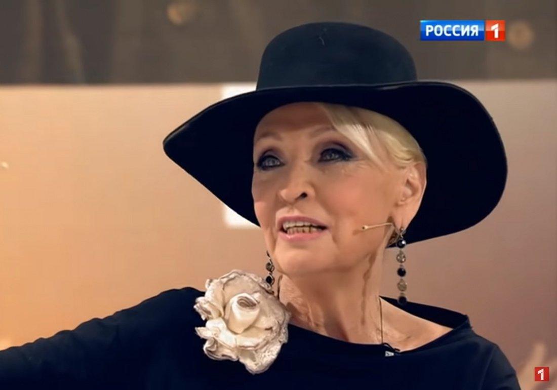 Светлана Светличная заявила, что родственники хотят отобрать у нее квартиру