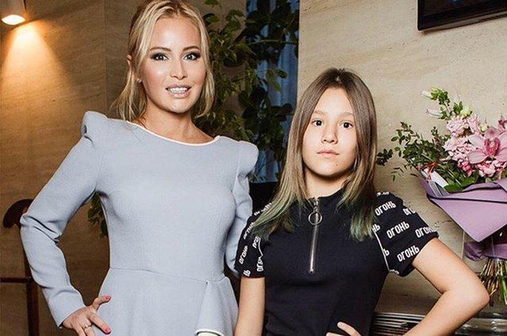 Дана Борисова обвинила бывшего мужа в том, что он избил их дочь