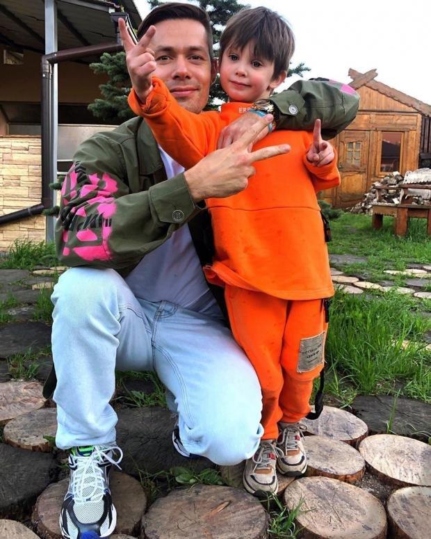 Стас Пьеха признался, что редко общается с сыном
