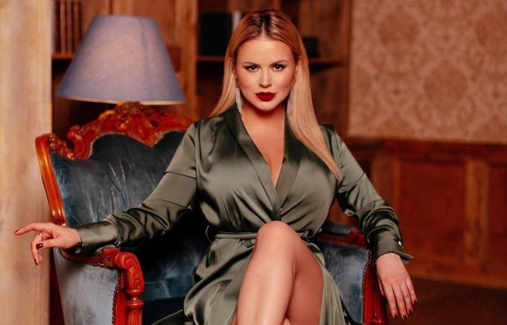 Анна Семенович хочет стать матерью