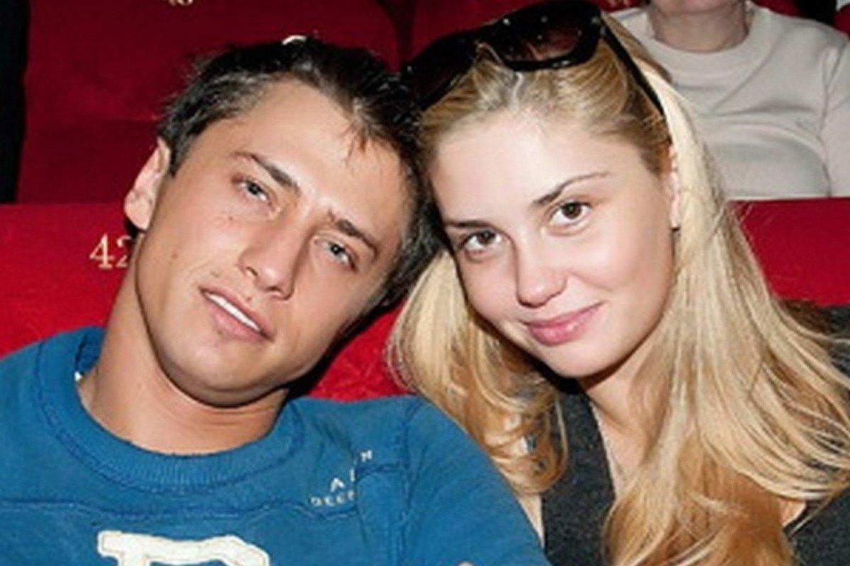 Госпитализированный Павел Прилучный связался с Агатой Муцениеце
