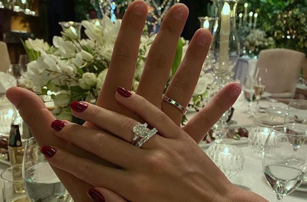 Кети Топурия выложила в сеть новый снимок со свадьбы