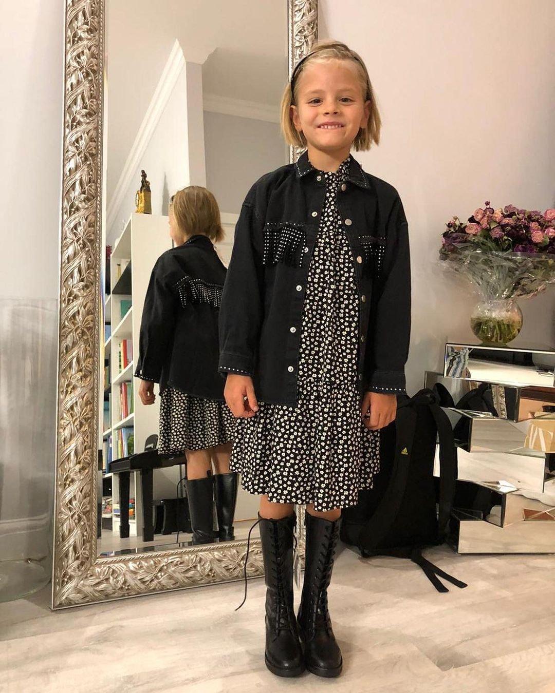 Поклонники остались в восторге от стильного наряда дочери Тимати
