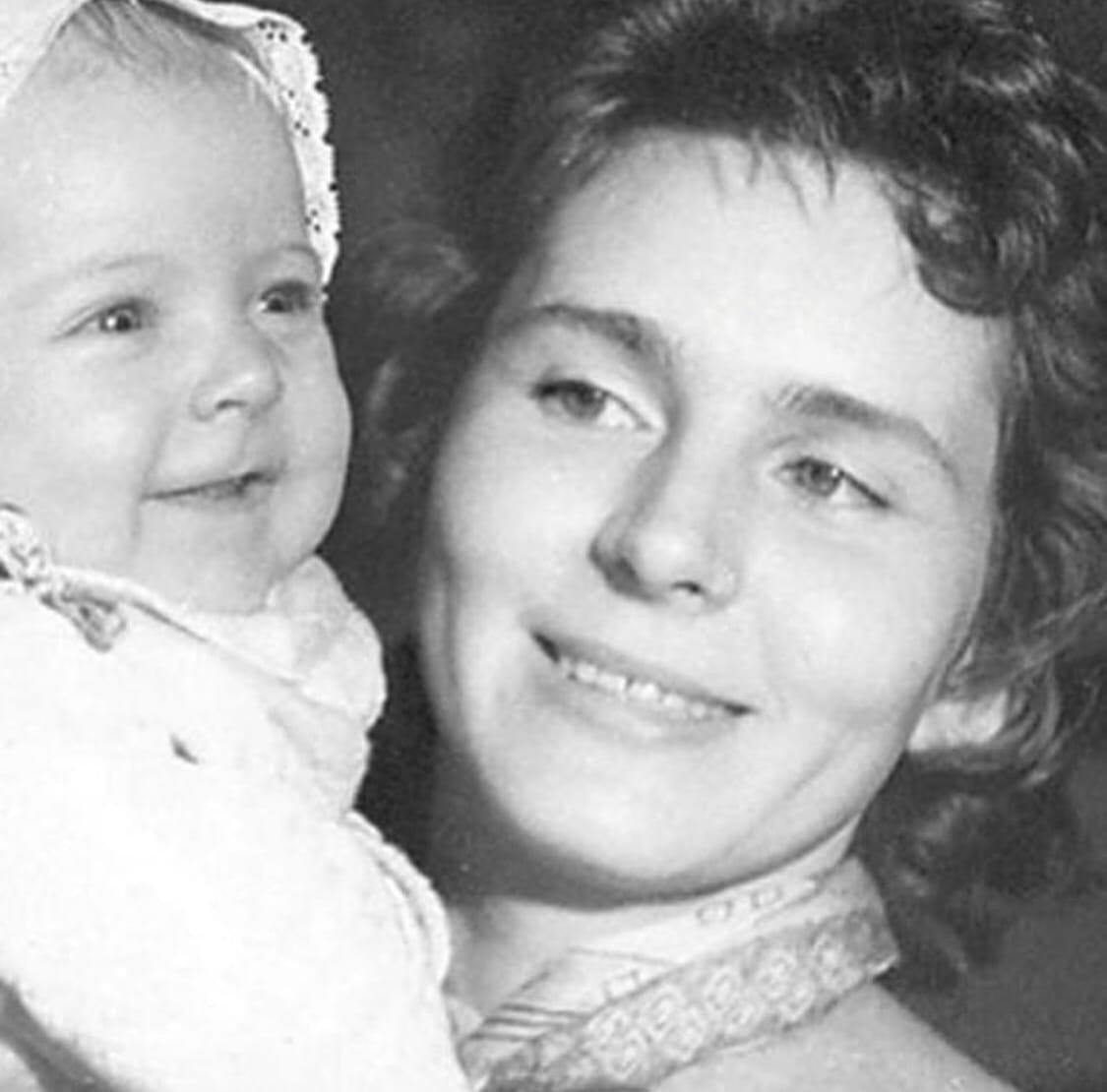 Скончалась мать Алёны Яковлевой