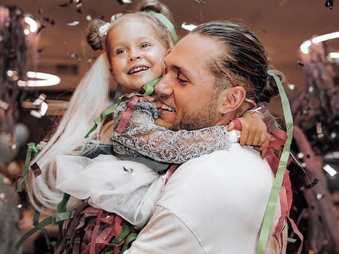 Влад Соколовский боялась, что дочь плохо воспримет его новую возлюбленную