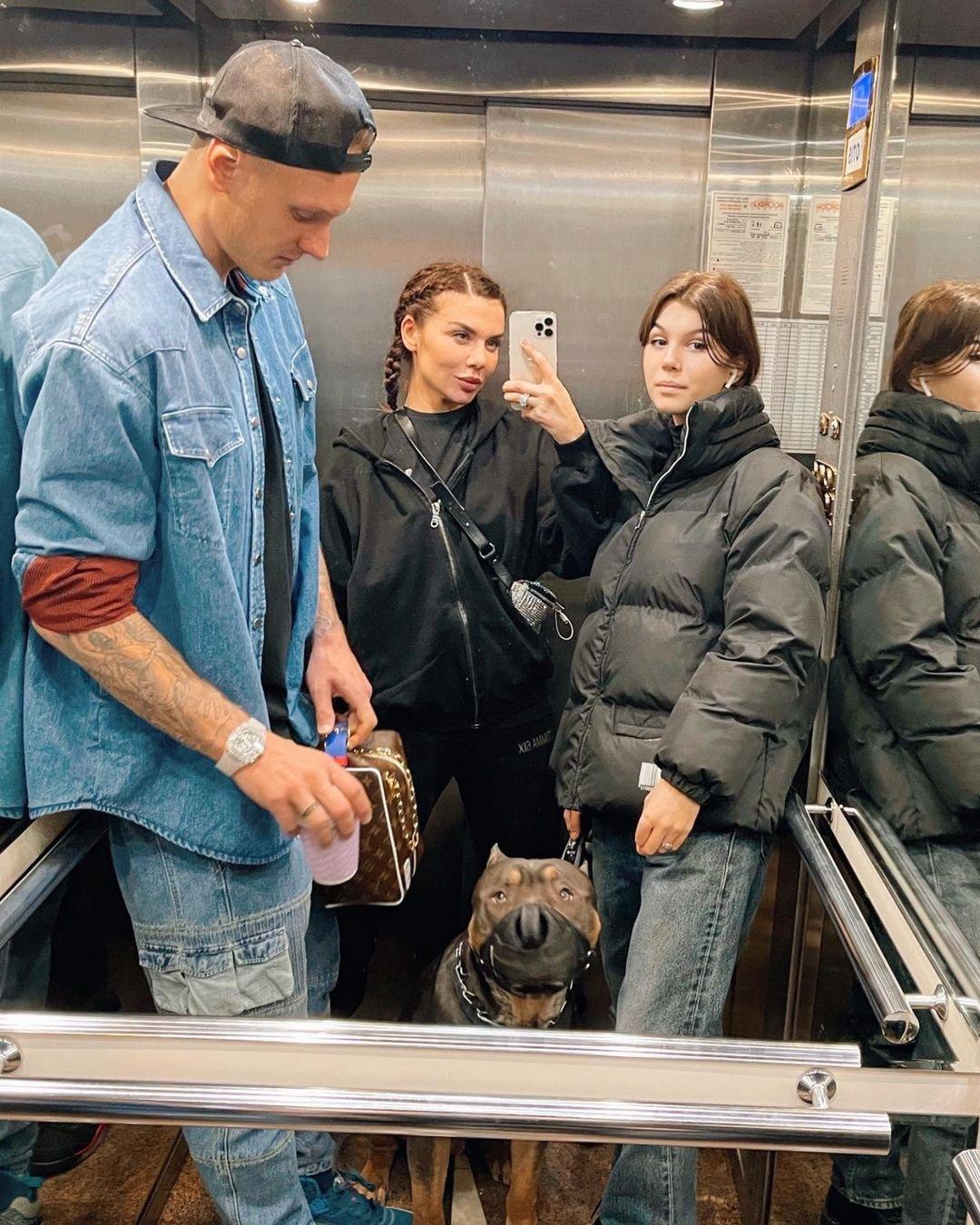 Анна Седокова выселит свою дочь из дома после совершеннолетия