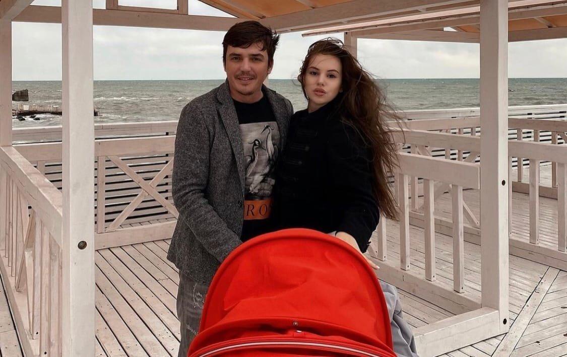 Саша Артёмова рассказала об отношениях с Евгением Кузиным
