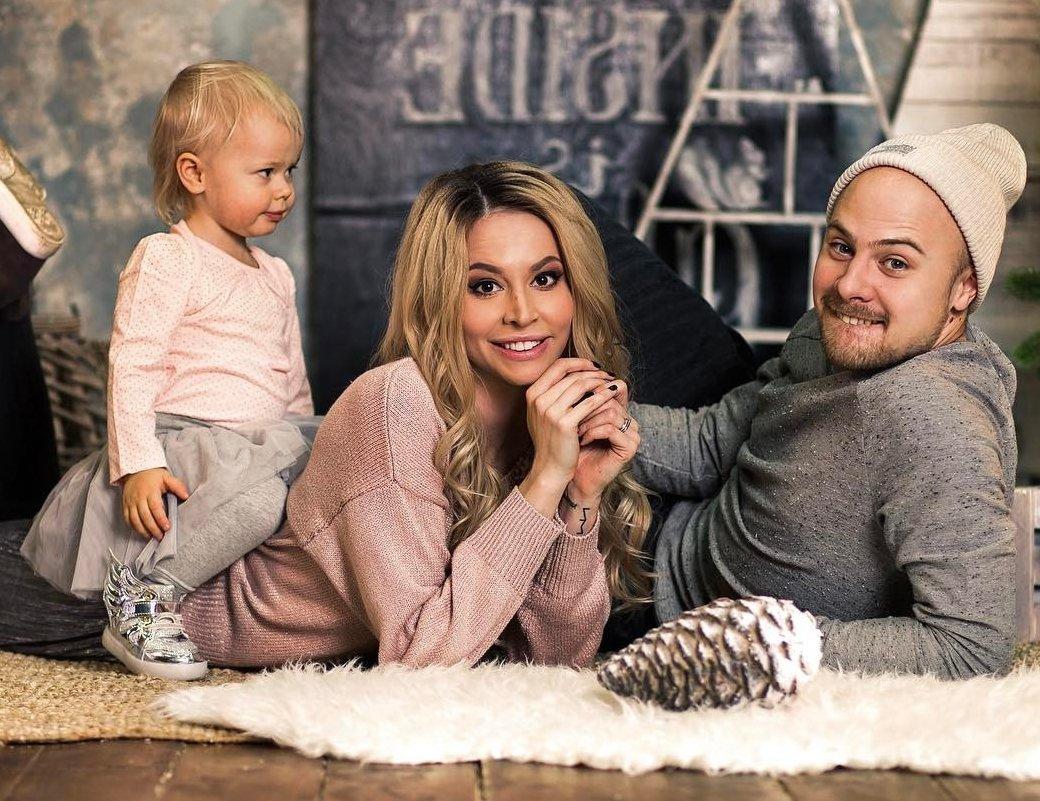 Натали Неведрова сообщила, что разводится с мужем