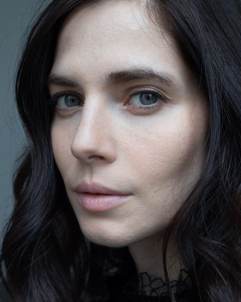Юлия Снигирь похвасталась лицом без макияжа и покорила поклонников