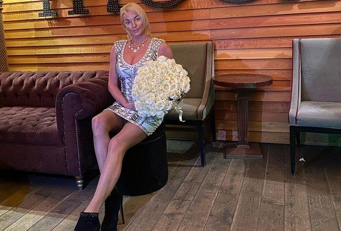 Анастасия Волочкова сообщила о расставании со своим бойфрендом