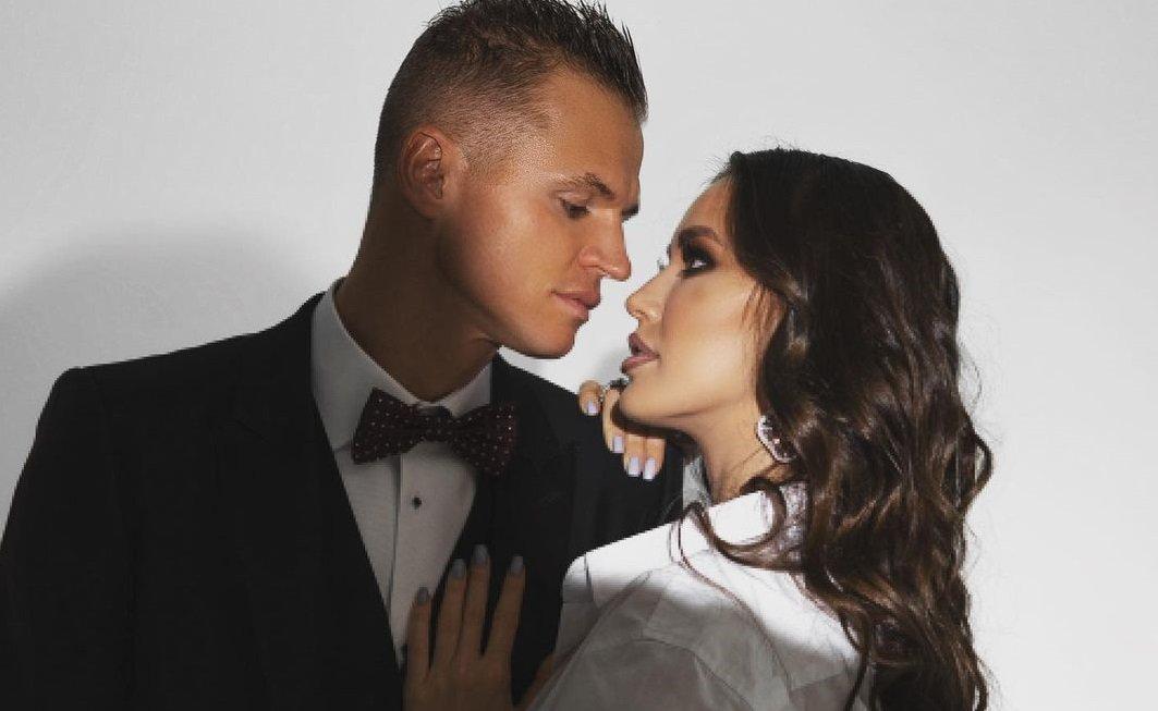 Дмитрий Тарасов с супругой отметил годовщину свадьбы