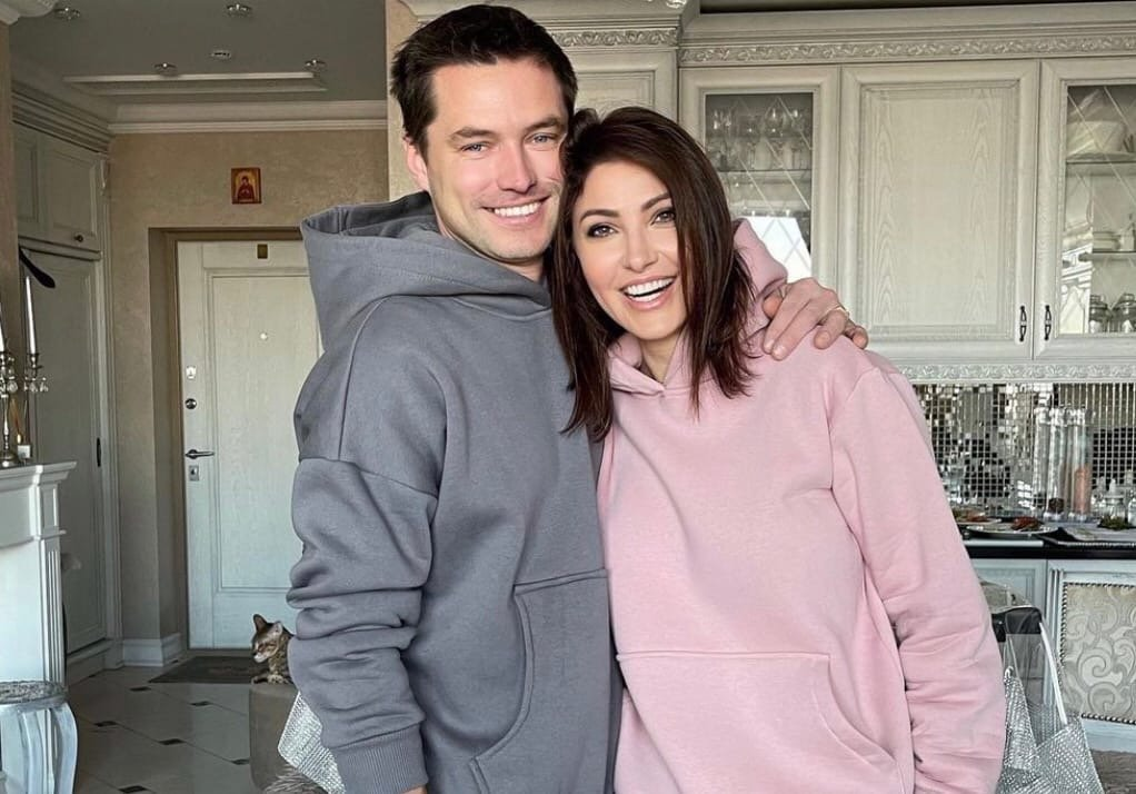 Анастасия Макеева прокомментировала наличие жены и детей у её возлюбленного