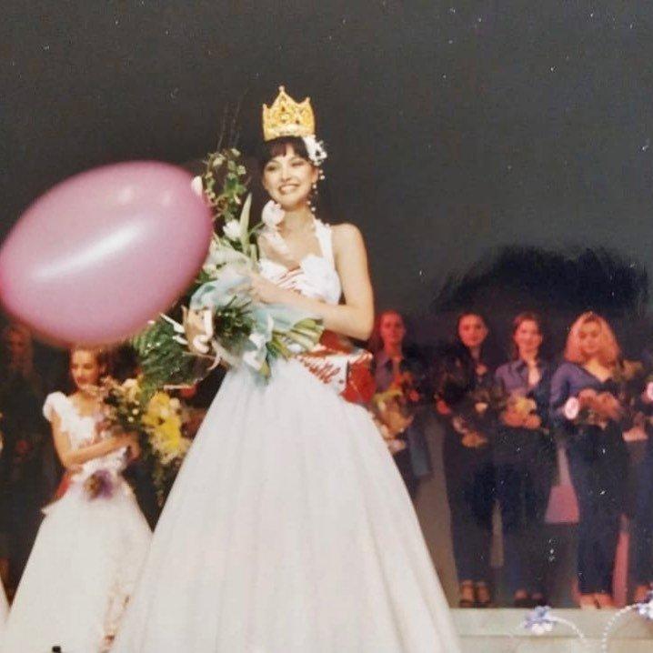 Анастасия Макеева показала архивный снимок с конкурса красоты