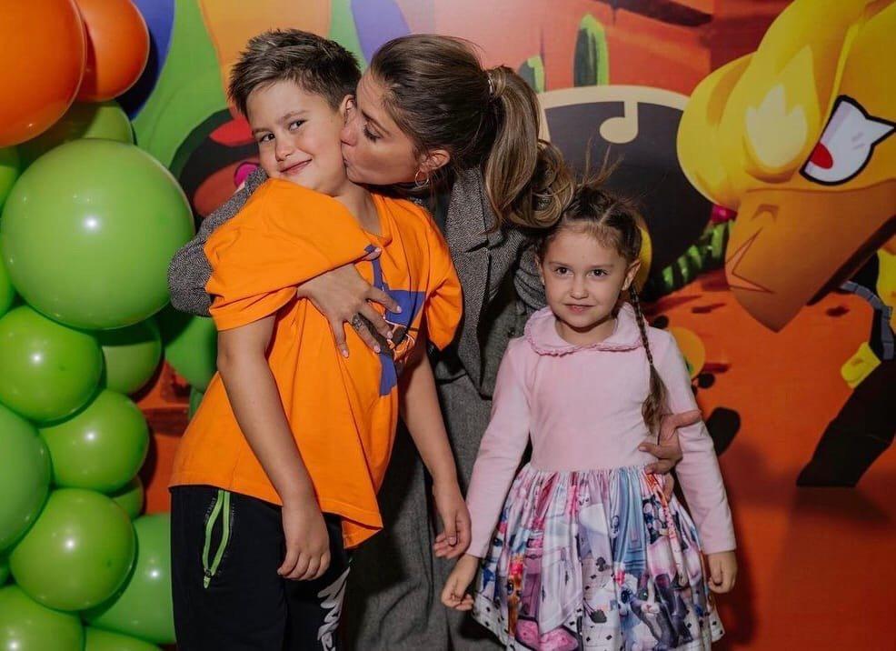 Агата Муцениеце пожаловалась на поведение детей