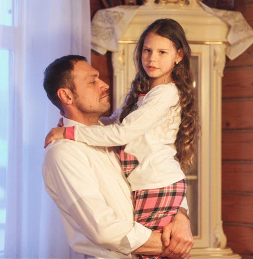 Певица МакSим показала младшую дочку от изменщика Антона Петрова
