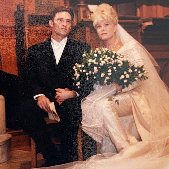 Хью Джекман поздравил жену с 25-й годовщиной со дня свадьбы