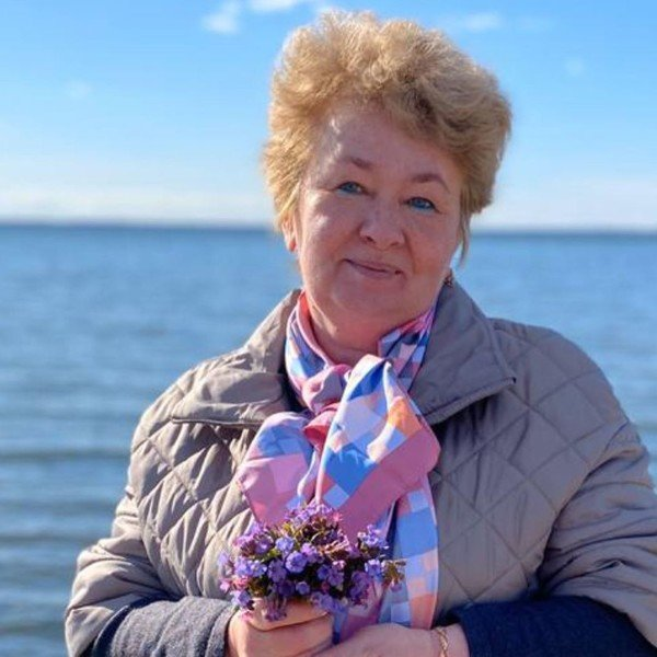 Мама Александра Петрова ответила на критику своего внешнего вида
