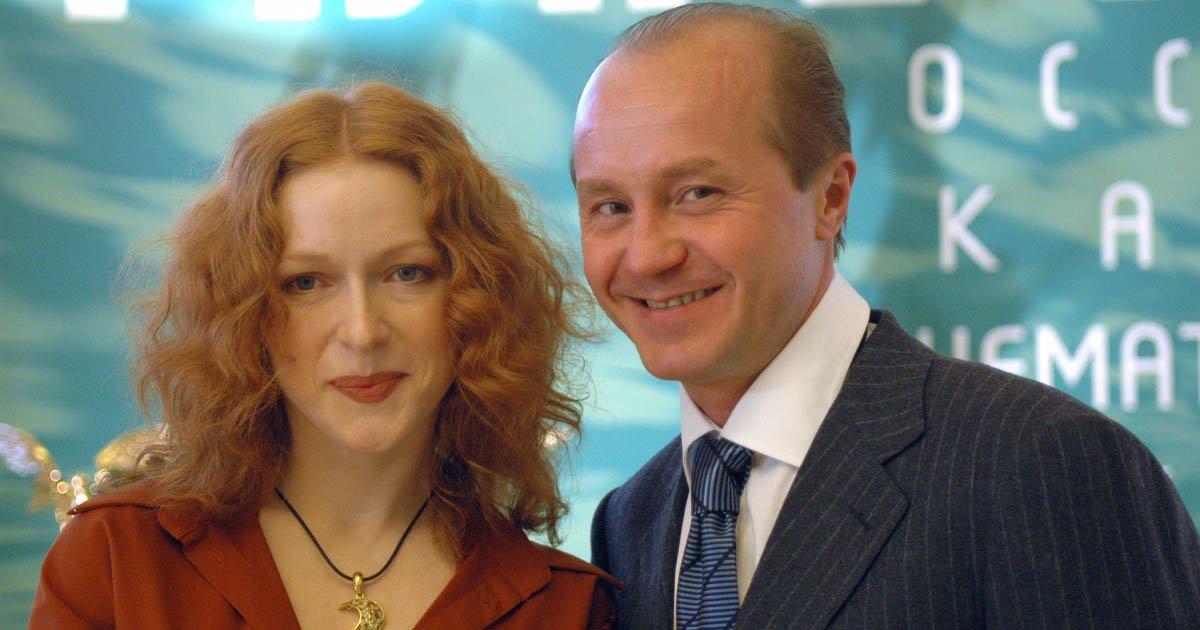 Жена погибшего Андрея Панина замечена в связи с женщиной и алкоголизме