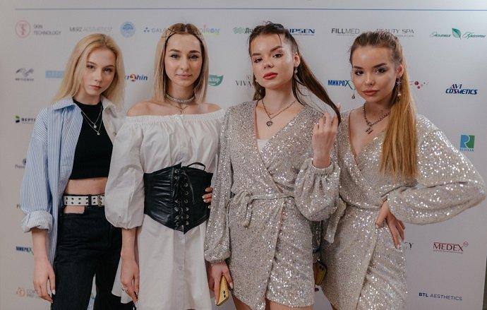 Надежда Бабкина, Митя Фомин и Зара испробовали на себе тренды эстетической медицины будущего