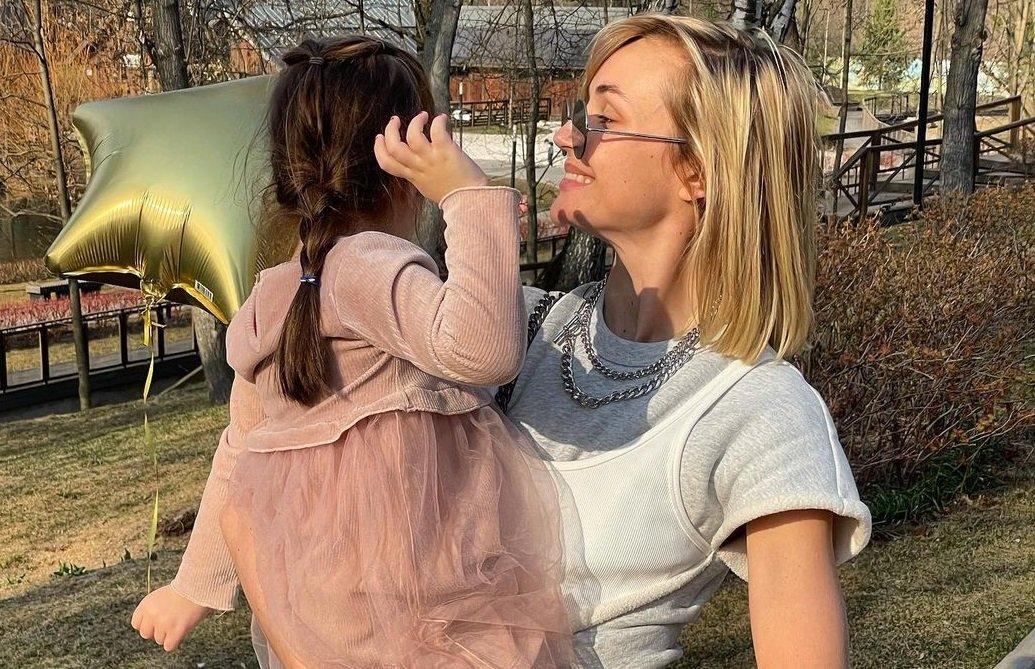 Полина Гагарина и Дмитрий Исхаков воссоединились ради дочери