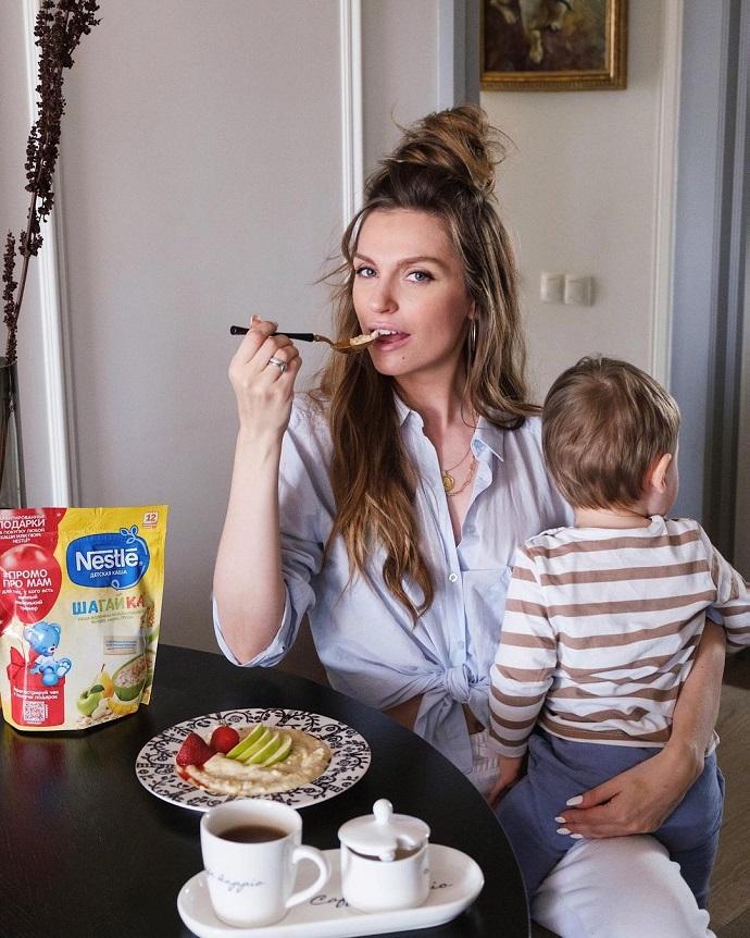 Рита Дакота и Саша Савельева рассказали о своем непростом опыте материнства