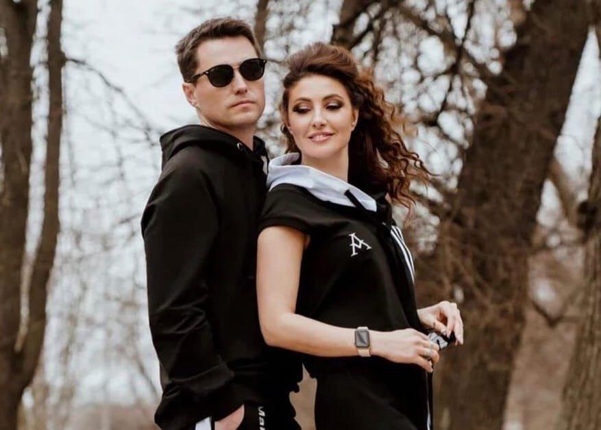 Возлюбленный Анастасии Макеевой официально развелся с женой