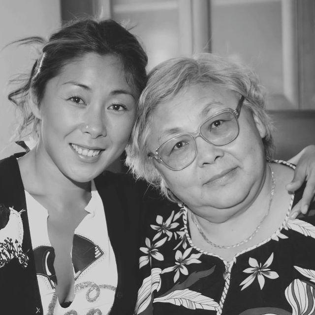 Анита Цой сообщила о смерти матери