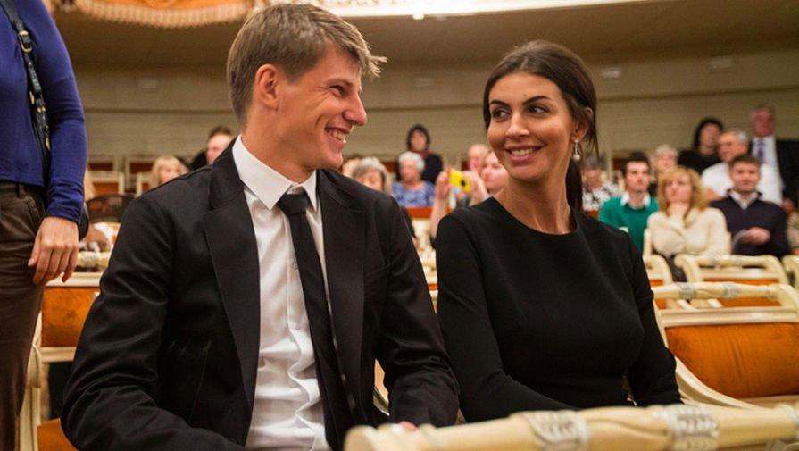 Алиса Казьмина сообщила, что Андрей Аршавин не хочет прописывать их дочь