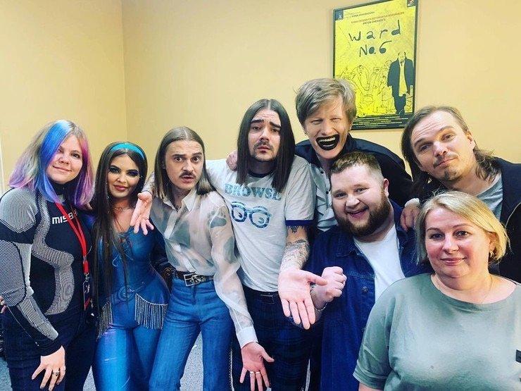 Участник группы Little Big и The Hatters Юрий Музыченко устроил дебош в ночном клубе