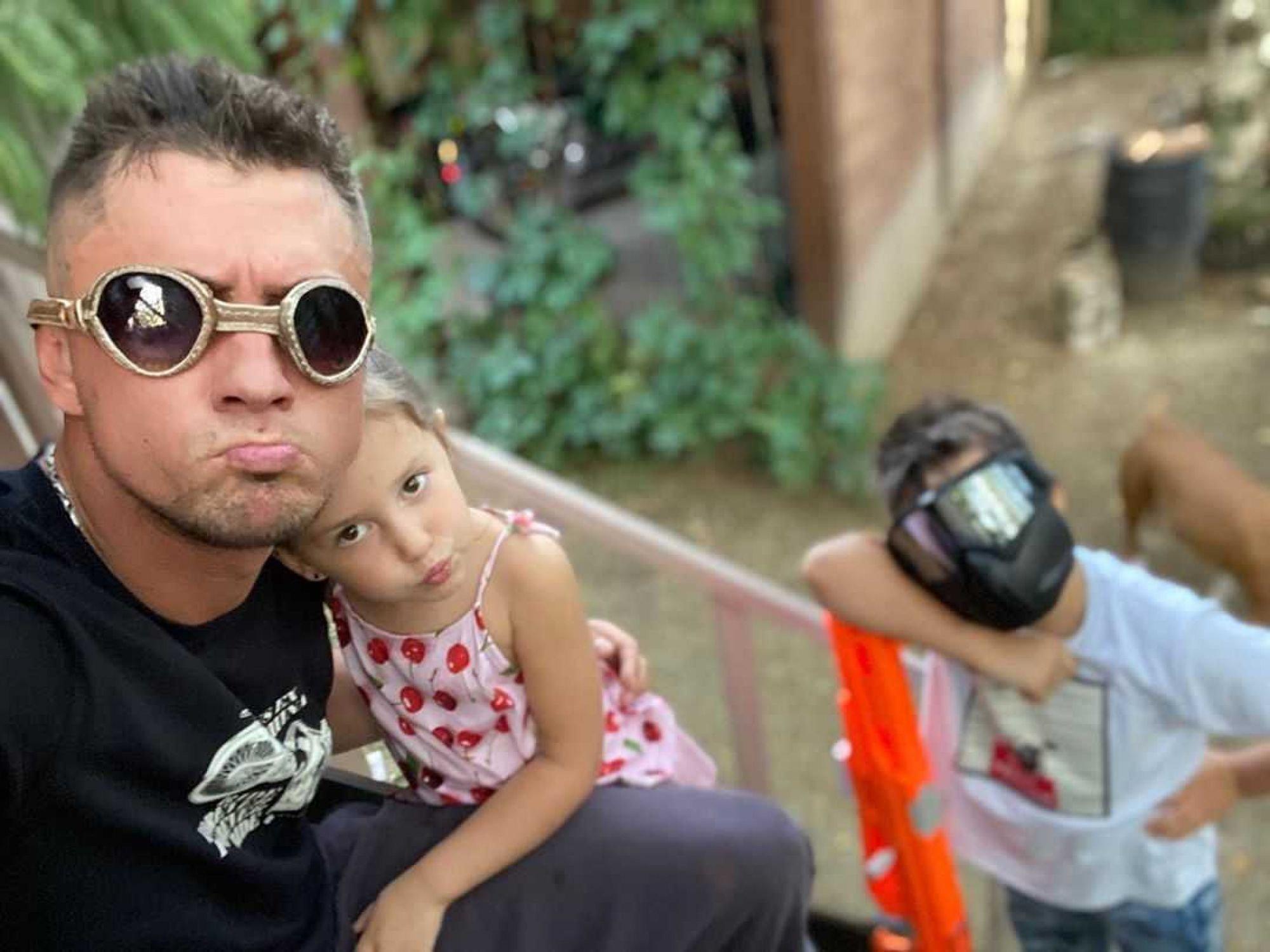 «Они ее обожают»: Павел Прилучный рассказал об отношениях его детей и Мирославы Карпович