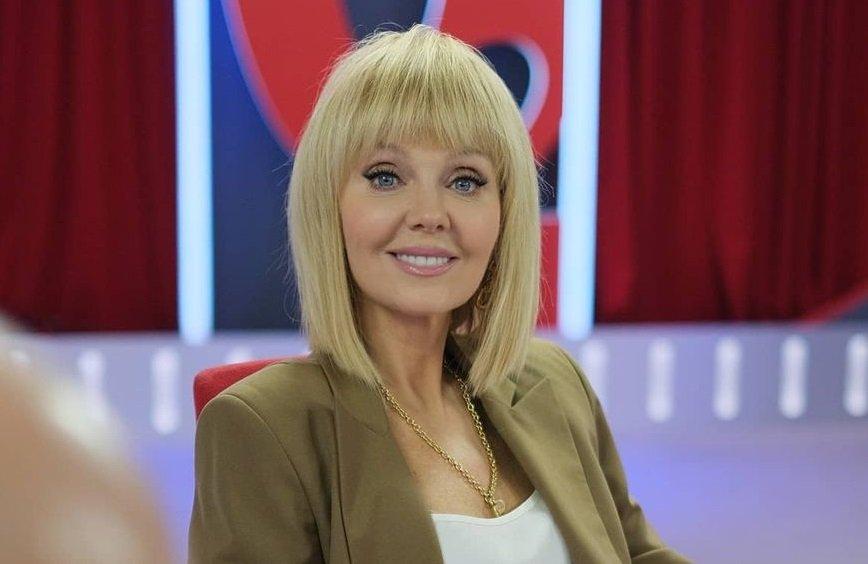 Певицу Валерию заподозрили в ношении парика