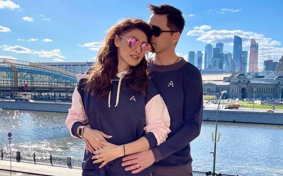 Бывшая жена Романа Малькова считает, что он неверен Анастасии Макеевой