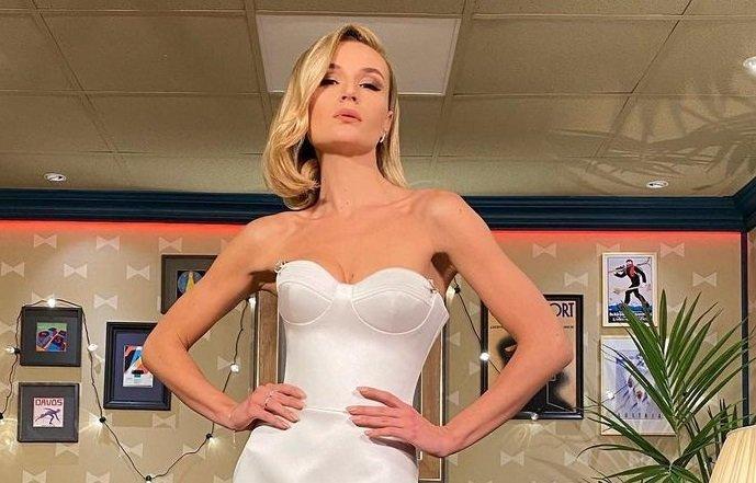 Полина Гагарина сообщила, почему не хочет делать увеличение груди